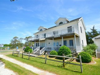 Nice 2 bedroom Chincoteague Island House with Deck - Chincoteague Island vacation rentals
