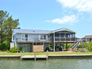 Beautiful 3 bedroom Chincoteague Island House with Internet Access - Chincoteague Island vacation rentals
