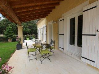 Maison récente accès piscine - Mazan vacation rentals