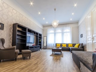 Real Apartments Semmelweis - Budapest vacation rentals