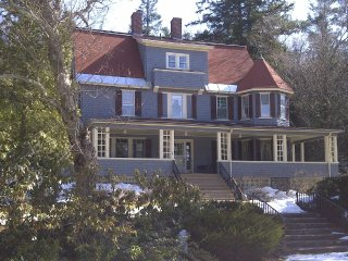 Victorian Splendor Amidst the Mountains - Jefferson vacation rentals