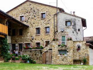 ALLOGGIO RUSTICO 1 -  Agriturismo Antico Borgo - Marostica vacation rentals