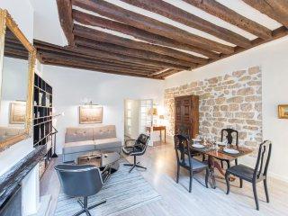 Caractère, 1BR/1BA, 4 people - Paris vacation rentals