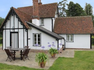 North Lodge 4 Star Gold Self-Catering Cottage - Finchingfield vacation rentals