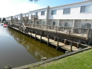 Canal Front 2 BR townhouse North Ocean City - Ocean City vacation rentals