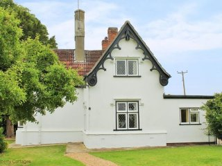 Crest Lodge 3 bedroom rural cottage hideaway - Finchingfield vacation rentals