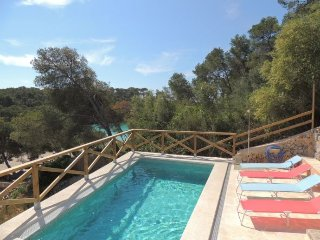 4 bedroom Finca with A/C in Cala Mondrago - Cala Mondrago vacation rentals