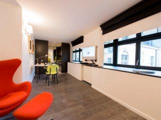 Beautiful Paris Condo rental with Internet Access - Paris vacation rentals