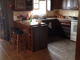 Beautiful 4 bedroom House in Hull - Hull vacation rentals