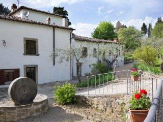 Villa Grassina Bilocale 5 - Pelago vacation rentals