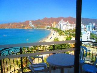 Apartamentos Comfort - SMR263A - Santa Marta vacation rentals