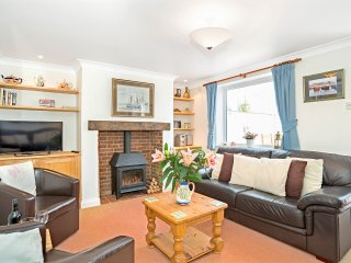 The Cottage, 3 bedroom property in Charmouth - Charmouth vacation rentals