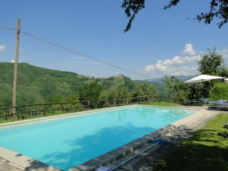 Daniele, Stunning views, Pool, WIFI, Close to food - Fosciandora vacation rentals