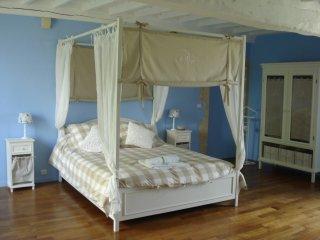 Chambre d'Hôtes La Romantique - Valognes vacation rentals