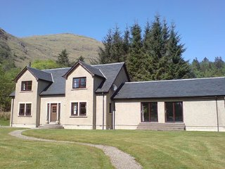 Nice House with Television and Microwave - Ardgour vacation rentals