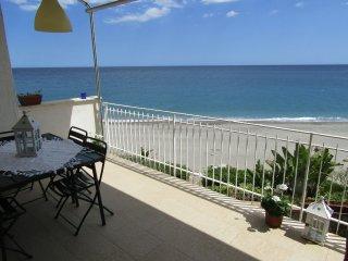 Appartamento sulla spiaggia Forza D'Agrò - Forza d'Agro vacation rentals