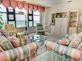 Bright Apartment with Internet Access and Shared Outdoor Pool - Indian Beach vacation rentals