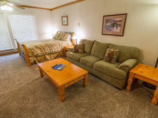 Cozy Condo with Internet Access and Garage - Brian Head vacation rentals