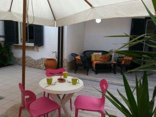 2 bedroom Villa with Internet Access in Castelvolturno - Castelvolturno vacation rentals