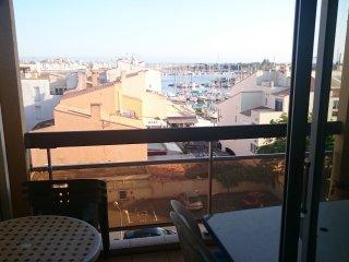 Studio Lounge Centre Port CAP D'AGDE - 4 personnes - Cap-d'Agde vacation rentals