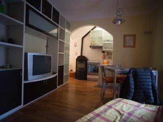 Casa nella piazzetta di Ameglia - Ameglia vacation rentals