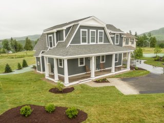 4 BD/4.5 BA Near Skiing, Golf & White Mountains - Campton vacation rentals
