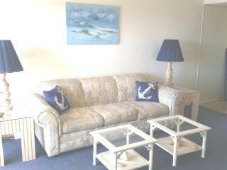 Updated Ocean Block - 1 Bedroom - Sleeps 5- - Ocean City vacation rentals