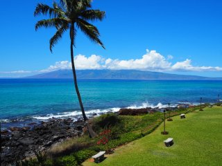 Panoramic Oceanfront 3BR-Awesome Sunsets & Views! - Lahaina vacation rentals