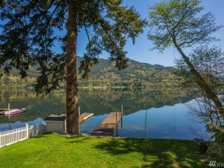 3 bedroom House with Internet Access in Bellingham - Bellingham vacation rentals