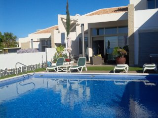 4 bedroom Villa with Internet Access in La Caleta - La Caleta vacation rentals
