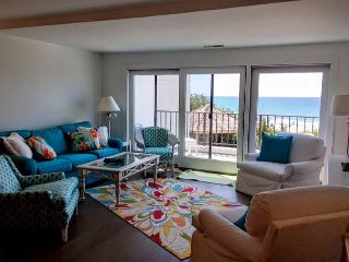 3BR/3BA Oceanfront Condo w/ Elevator.  NEWLY REMODELED FOR 2016! - Pine Knoll Shores vacation rentals