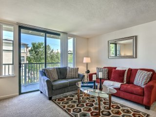2 bedroom Apartment with Internet Access in Foster City - Foster City vacation rentals