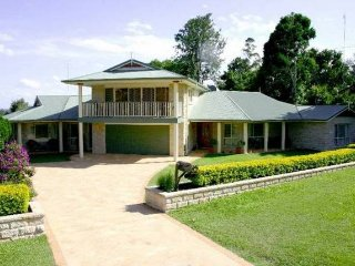 Gympie Golf Retreat Guest House - Gympie vacation rentals