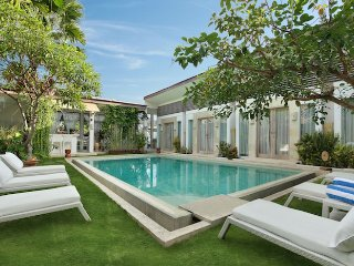 NEW POOL HUGE! 9 BED VILLA! Seminyak, most central - Seminyak vacation rentals