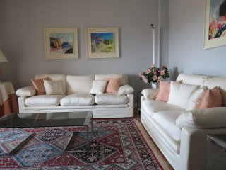 Bright 2 bedroom Apartment in Intra - Intra vacation rentals