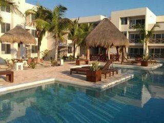 Beautiful 3 Bedroom Condo one block from the beach - Progreso vacation rentals