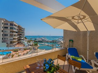 Atico de lujo con terraza y piscina en Pº Maritimo - Palma de Mallorca vacation rentals