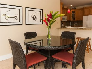Regency 810 Central A/C condo in the heart of Poipu a short walk to beaches, Pool, hottub, bbq. Free car with stays 7 nts or mor - Koloa vacation rentals