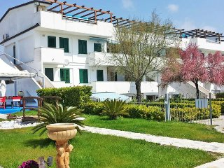 Residence direttamente sul mare, bilocale, N° 20A - Policastro Bussentino vacation rentals
