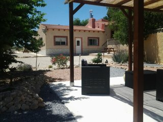 El Capricho Sax bungalow casa azul - Alicante vacation rentals