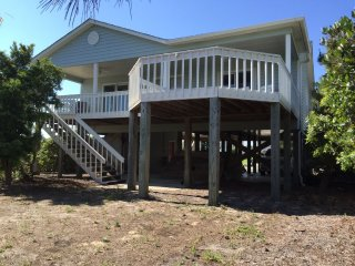 3 bedroom Cottage with Deck in Holden Beach - Holden Beach vacation rentals