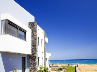 4 bedroom Villa with Internet Access in Adelianos Kambos - Adelianos Kambos vacation rentals