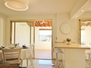 Old Antibes spacious modern haven - 3 bedrooms - Antibes vacation rentals