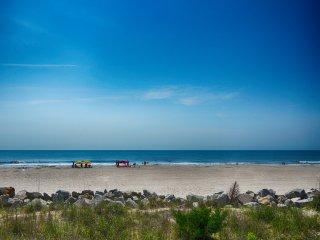 Sunskipper D3 -Salt Therapy- 2 Bedrooms -Pool - Carolina Beach vacation rentals