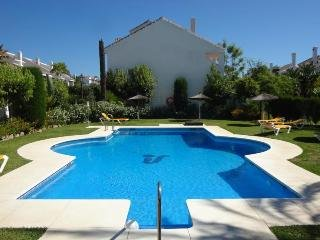 Duplex apartment close to Puerto Banus - Nueva Andalucia vacation rentals