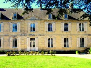 Château les Cèdres B & B, la chambre d'Agathe - Bretteville-l'Orgueilleuse vacation rentals