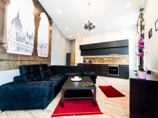 Real Apartments Anker köz big - Budapest vacation rentals