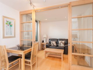 Quaint apartment in the heart of the City Centre - Oxford vacation rentals