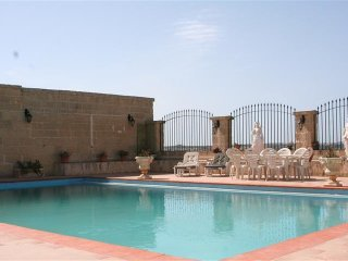 Romantic 1 bedroom Farmhouse Barn in Rabat - Rabat vacation rentals