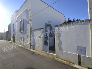 Charming 3 bedroom House in Cerfignano with Deck - Cerfignano vacation rentals